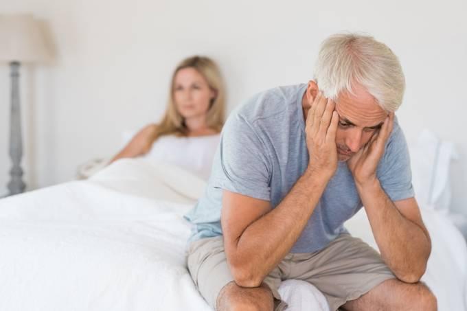 Andropausa e erosão do desejo masculino: quando a libido vai à lona